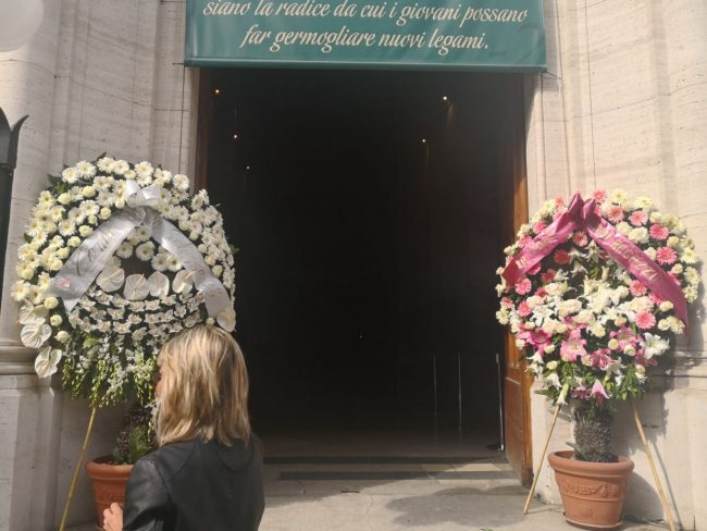 funerale-funerali-pamela-roma-1-650x488