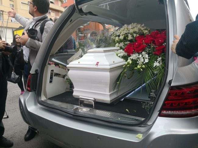 funerale_pamela_mastropietro-39-650x488