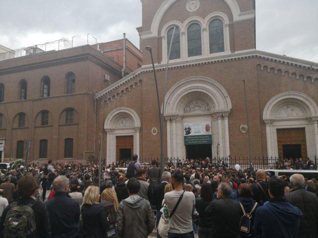funerale_pamela_mastropietro-60-650x488