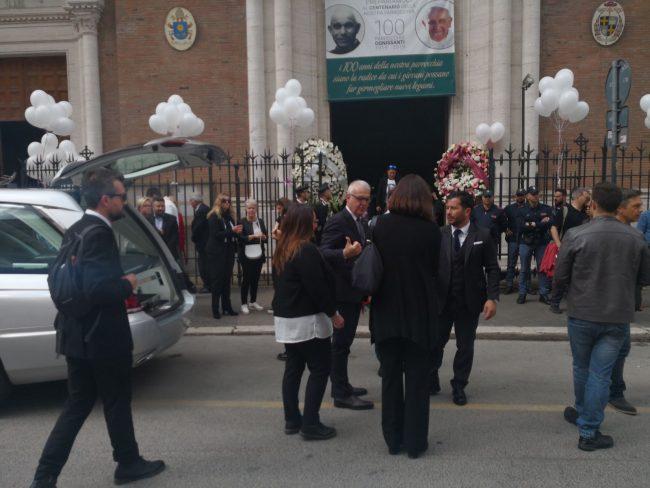 funerale_pamela_mastropietro_roma-8-650x488