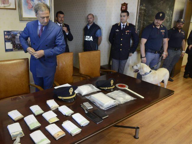 arresto-17-chili-cocaina-questura-1-650x488