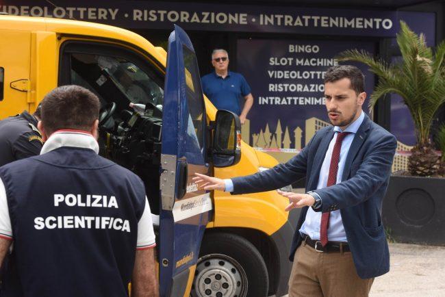 assalto-portavalori-commissario-sabatucci-polizia-via-einaudi-civitanova-FDM-7-650x434