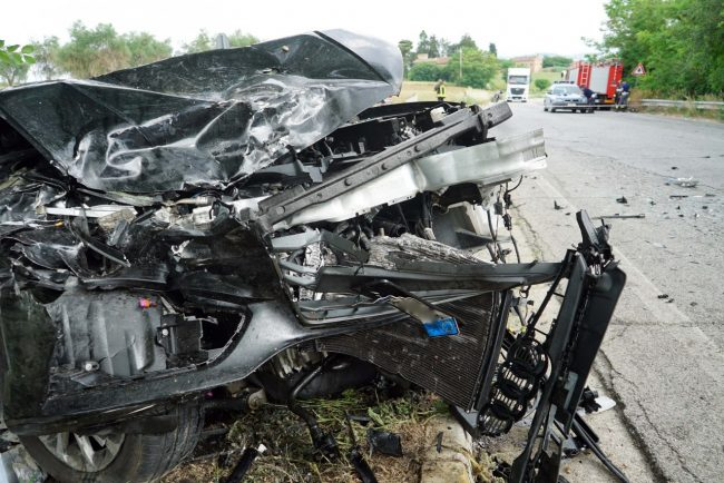 incidente-auto-furgone-morrovalle-FDM-8-650x434