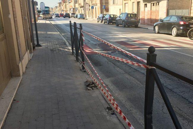 incidente-marciapiede-fontespina-1-650x433