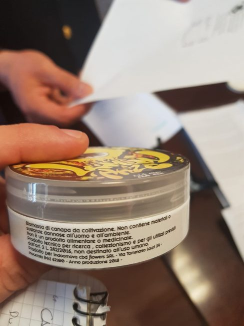 questura-cannabis-light-shop-3-1-488x650