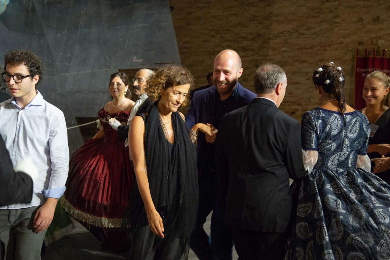 ballo ottocentesco traviata degli specchi sferisterio macerata opera 2018 foto ap (33)