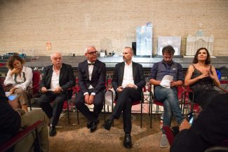 conferenza-stampa-finale-macerata-opera-festival-sferisterio-2018-foto-ap-6-325x217