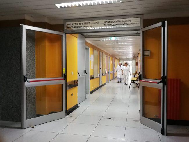 morbillo-ospedale-macerata-4-650x487