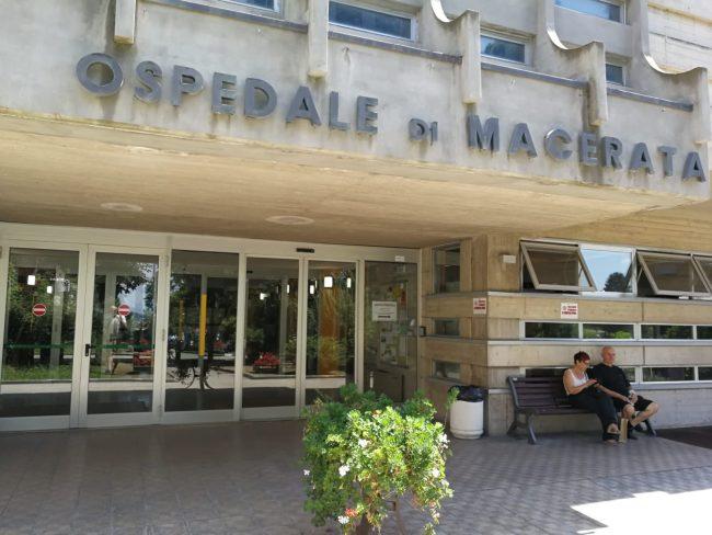 morbillo-ospedale-macerata-5-650x488