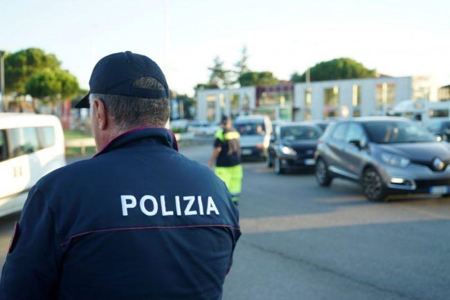 traffico-chiusura-casello-autostrada-polizia-stradale-civitanova-FDM-6-650x434