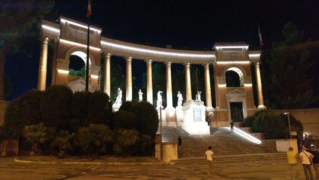 Luci-monumento