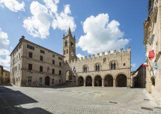 Piazza-Unità-dItalia-Montecassiano