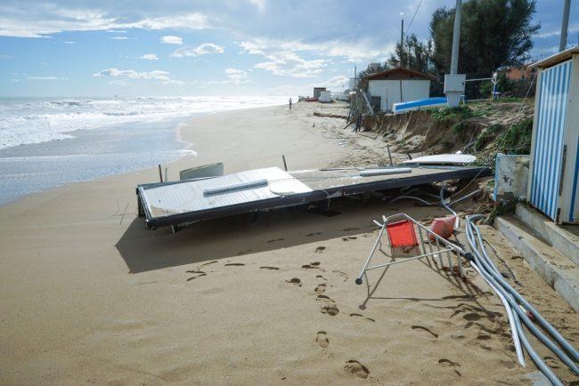 maltempo-danni-mareggiata-chalet-barracuda-ppp-FDM-8-650x434