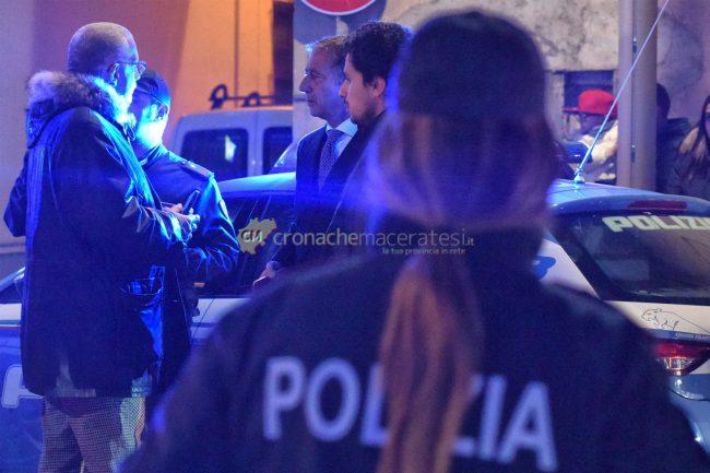 accoltellamento-corso-vittorio-emanuele-polizia-soccorsi-civitanova-FDM-13-650x433
