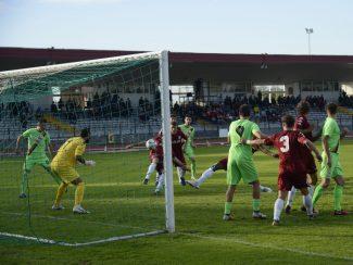 maceratese-atletico-centobuchi-3-325x244