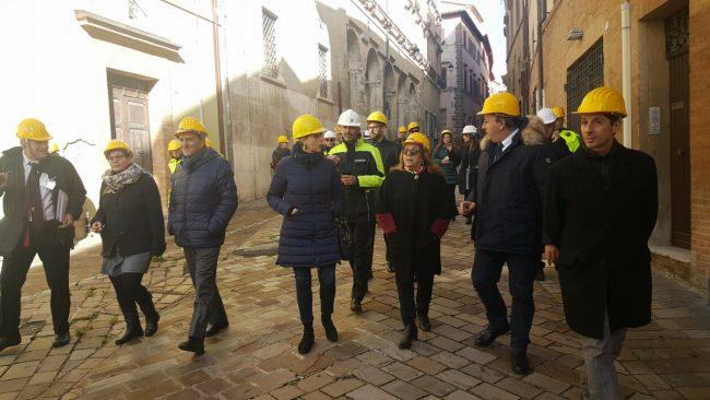 visita-camerino-parlamentari-ambiente-13-650x366