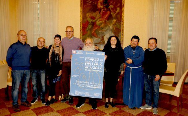 Caritas-pranzo-di-natale-civitanova