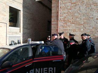 carabinieri-arresto-civitanova2-325x244