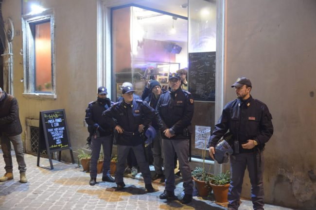 manifestazione_antifascista_macerata_00026-650x433