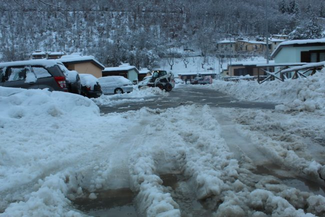 ussita-neve-12-650x433
