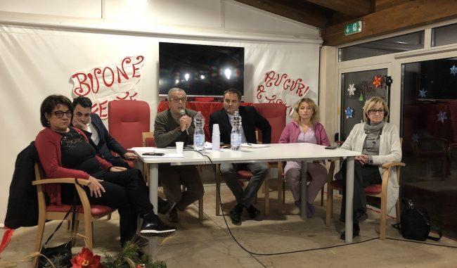 Il-tavolo-del-Consiglio-di-Amministrazione-dellA.S.P.-insieme-a-Fausto-Pezzanesi