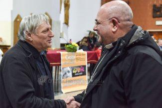 don-ciotti-libera-vescovo-rocco-pennacchio-incontro-cristo-re-civitanova-FDM-8-325x217
