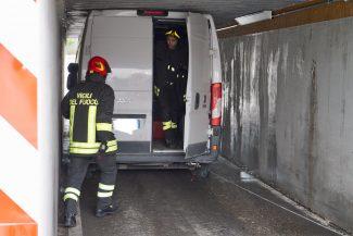 furgone-castellaro-2-325x217