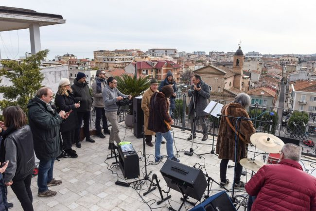 talk-radio-rooftop-beatles-civitanova-FDM-8-650x434