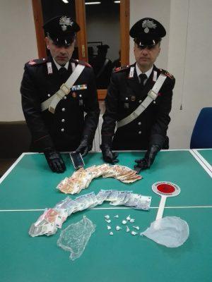 arresto-droga-recanati-2-300x400