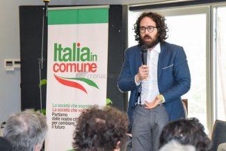 italia-in-comune-pizzarotti-civitanova-FDM-17-325x217