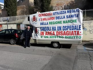 protesta-ancona-ospedale-cingoli