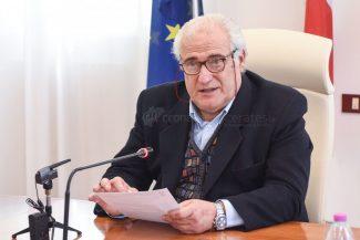 sindaco-roberto-mozzicafreddo-archivio-arkiv-porto-recanati-FDM-1-325x217