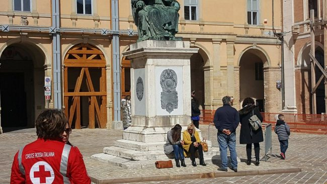 Cerimonia-Piazza-Cavour-2-650x366