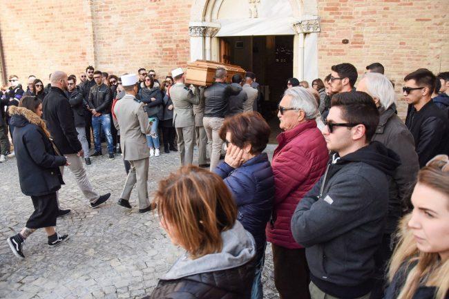 funerale-lorenzo-di-fonso-san-firmano-montelupone-FDM-1-650x433