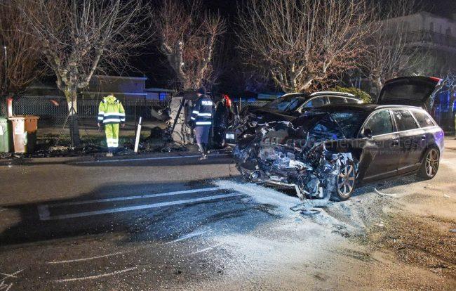 incidente-stradale-mortale-ss16-statale-adriatica-porto-recanati-FDM-7-650x414