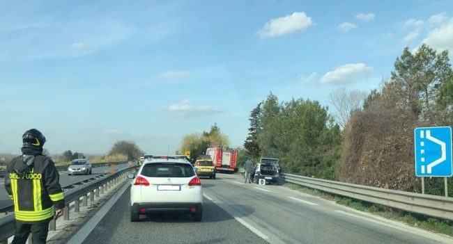 incidente-superstrada-morrovalle-montecosaro