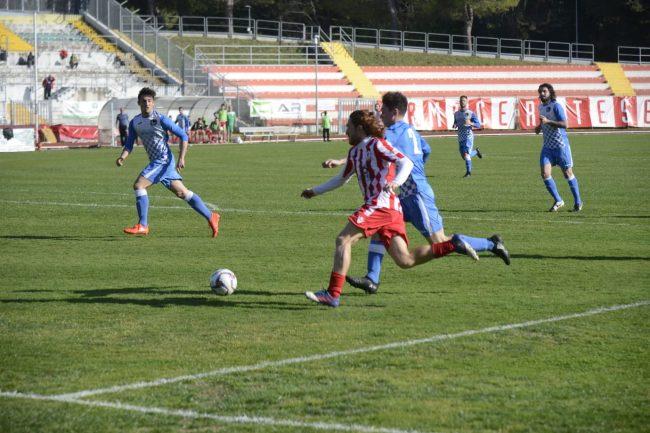 maceratese-atletico-ascoli-2-650x433