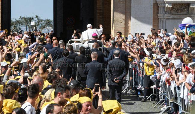 papa-francesco-santa-casa-basilica-loreto-FDM-5-650x380