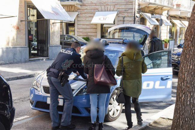 tentato-furto-vialetto-di-piazza-polizia-civitanova-FDM-5-650x433