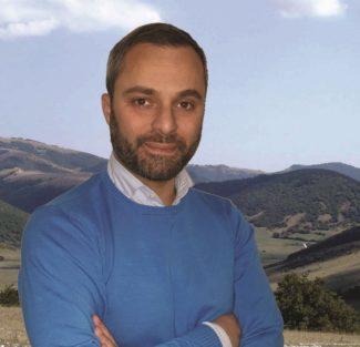 Pietro-Tapanelli-e1572361911986-325x313