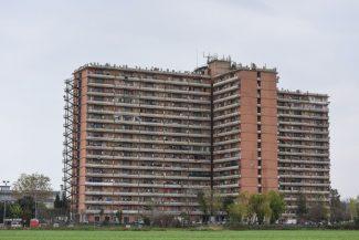 blitz-carabinieri-hotel-house-porto-recanati-FDM-8-325x217