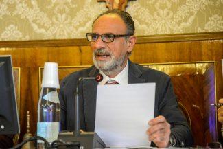 ConsiglioComunale_Piscine_FF-5-325x217
