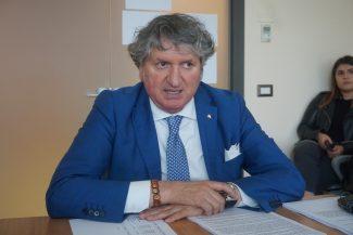 Il-sindaco-Giuseppe-Pezzanesi