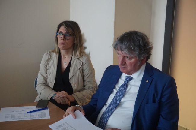 Il-sindaco-Giuseppe-Pezzanesi-e-la-vice-Silvia-Luconi