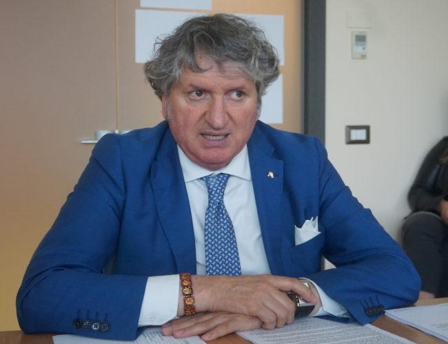 Il-sindaco-Giuseppe-Pezzanesi-e1582829712893-650x499