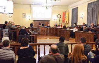 consiglio-comunale-maggio19-sala-consiliare-civitanova-FDM-2-325x207