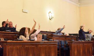 consiglio-comunale-maggio19-votazione-maggioranza-civitanova-FDM-325x193
