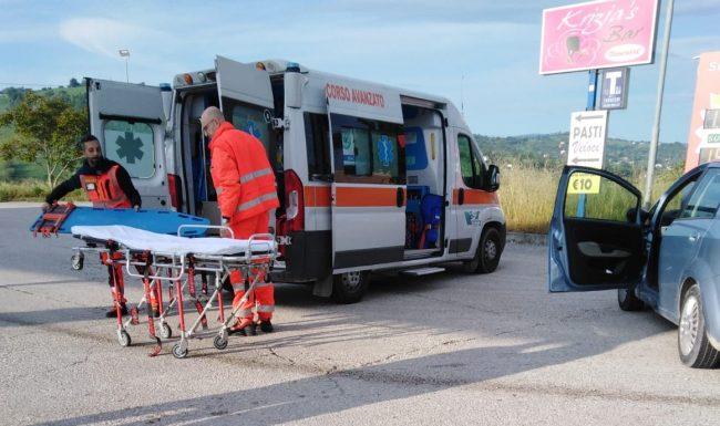 incidente-via-pertini-tolentino-2-650x385