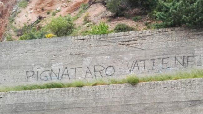 pignataro_vattene