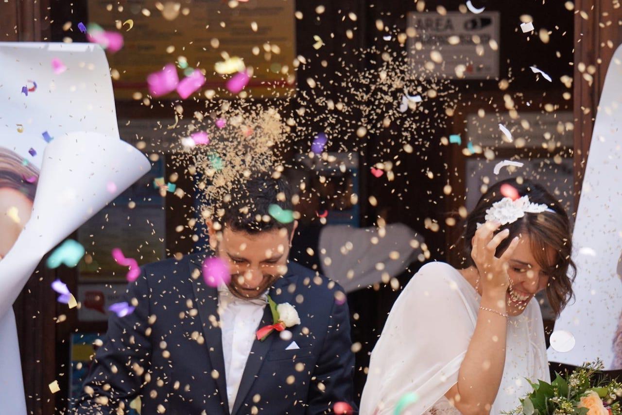 Auguri Di Matrimonio In Ritardo : Paolo e agnese sposi festa in casa cm foto cronache maceratesi